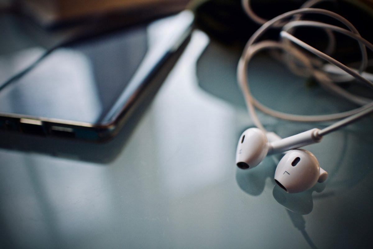 Drei Podcast-Tipps zum Thema Wirtschaft und Geld